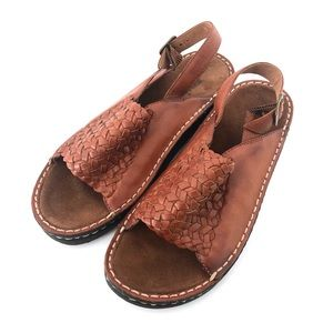 Minnetonka Woven Brown Leather Sandals Size 10